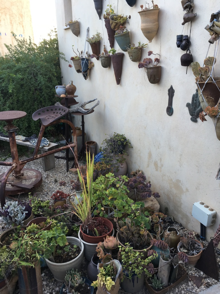 Ein Hod, Ceramics